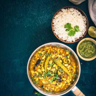 Punjabi Lobia Masala is a North Indian style Black Eyed Bean curry made in a spicy Onion Tomato gravy. It can be paired best with paratha and rice.