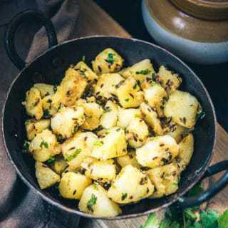 Spiced up with fresh nutmeg powder, fennel powder, coriander powder, Rajasthani Jaiphali Aloo symbolizes the power packed motley of masalas and potatoes.