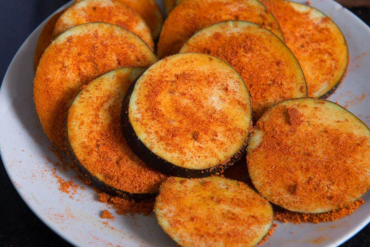Bengali Begun Bhaja Recipe, Baingan Fry, Baingan Bhaja Recipe, baingan bhaja recipe, bengali style spiced and fried aubergines, fried eggplant bengali style, bengali brinjal recipes,