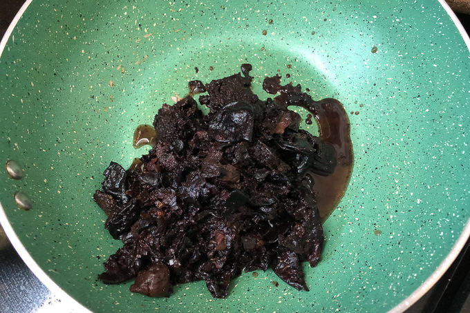 Leftover kokum added in a pan.