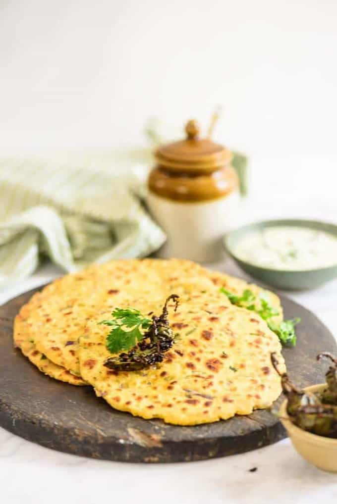 It is indeed a luxury to relish Makai Missi Roti with some Baigan Ka Bharta. Slight crisp, Makai Missi Roti can be eaten with curries and dals as well.