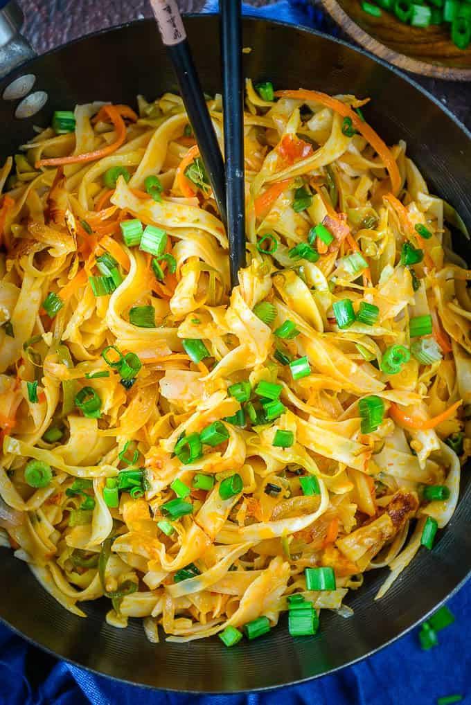 Close up shot of schezwan noodles recipe.