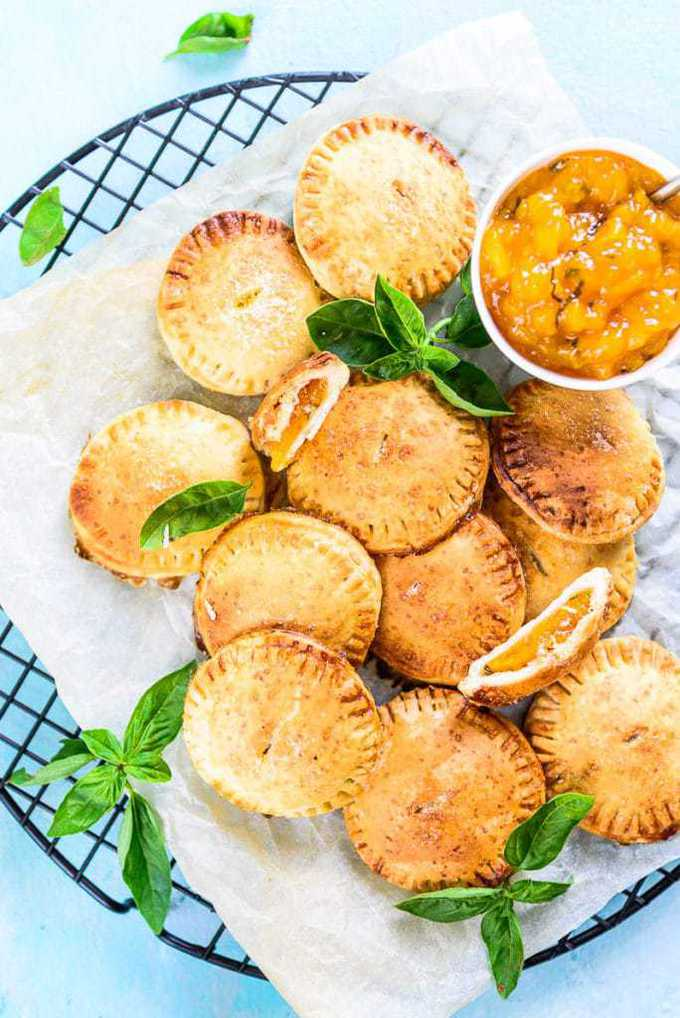 Basil Peach Basil Hand Pie Recipe, How to make Basil Peach Basil Hand Pie