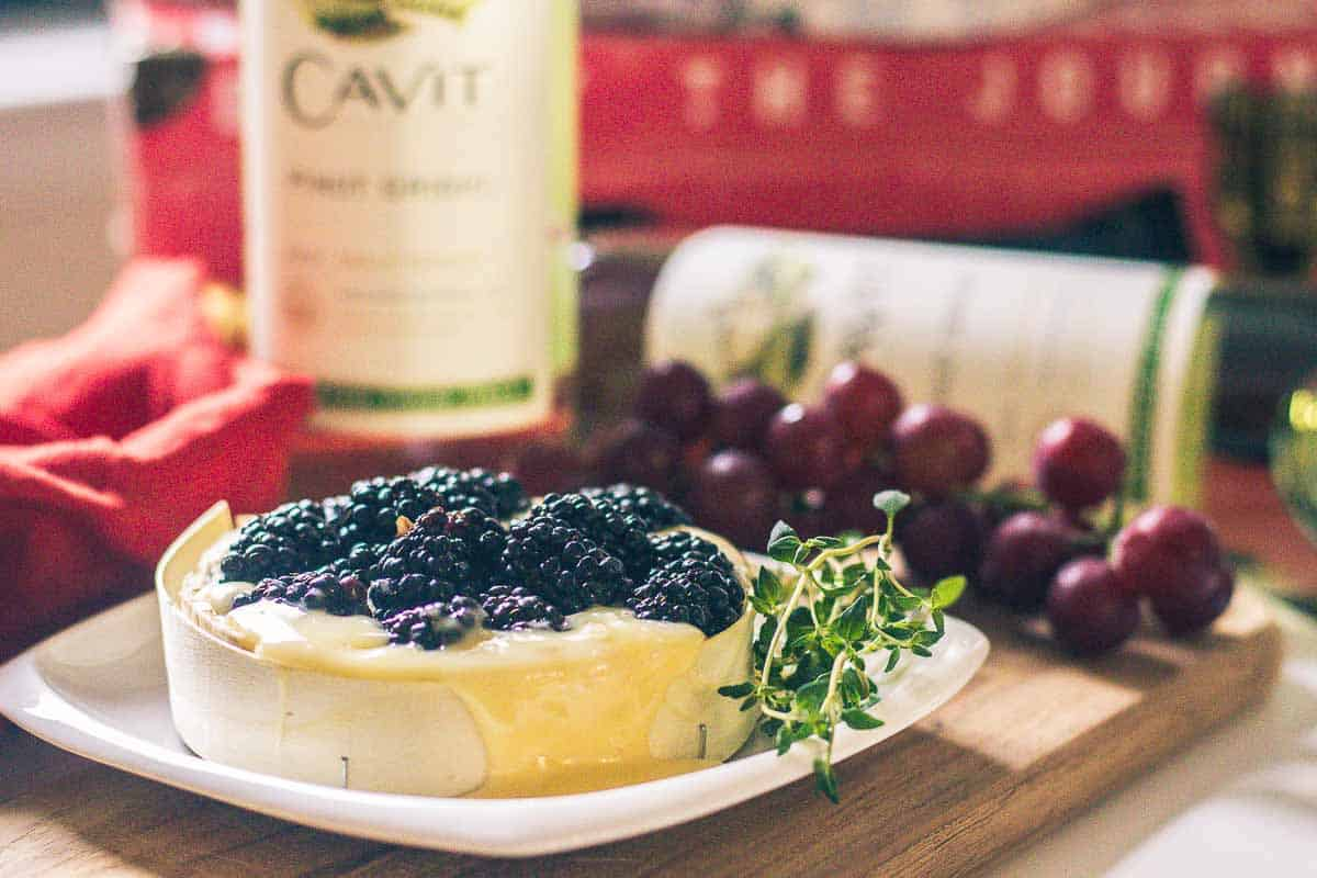 Baked Brie with Blueberries and Thyme