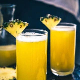 Homemade Fresh Pineapple Juice + Benefits