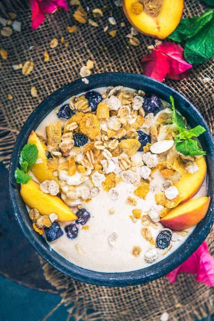 Peach Oat Smoothie Bowl I Healthy Peach Smoothie Recipe I Peachy Oat Smoothie