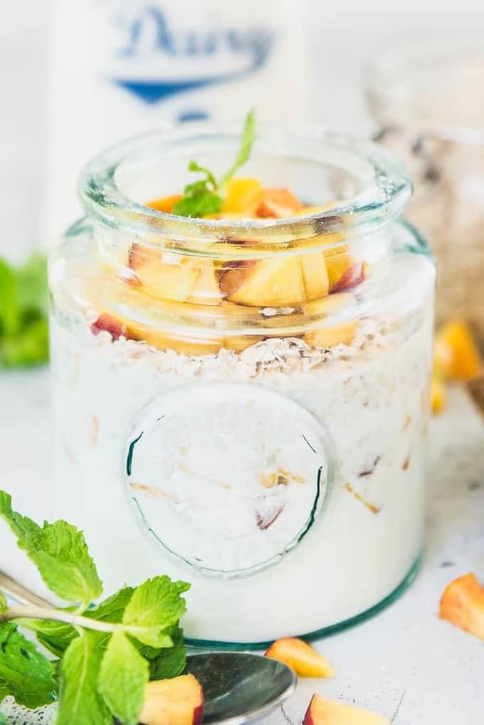 Healthy, filling and with goodness of peach, honey and oats, this Peach Pie Overnight Oats Recipe checks all the box for a perfect start. And yes, it's delicious too. Peach Pie Overnight Oats Recipe, peach overnight oats recipe, peach cobbler overnight oats,