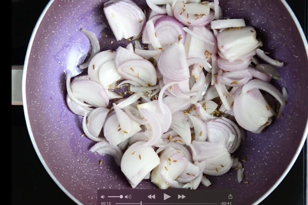 Onion added in the pan