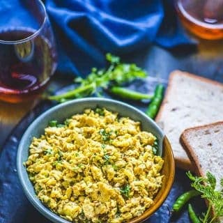 Akuri ( Parsi Style Scrambled Eggs )