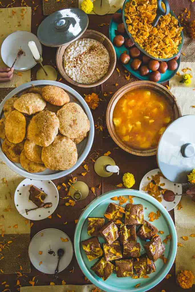 How to Plan a Brunch | Festive Brunch with The Label Life. Here are some tips and ideas to plan a lovely festive brunch at home.