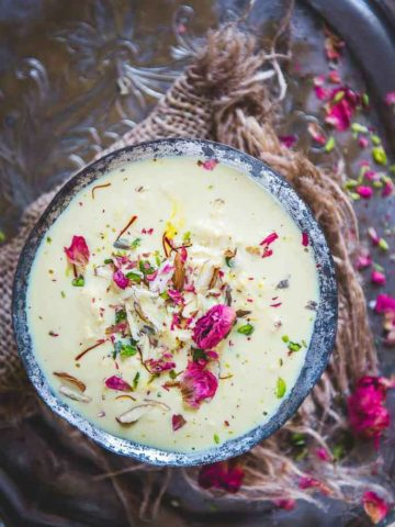 Made by reducing milk, Lachcha Rabdi is a sweet that can be served as sides or atypical, chilled dessert any day! Here is how to make it.
