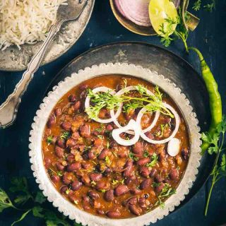 Kashmiri Rajma Masala is a delicious recipe with flavours from dry ginger powder and fennel powder. Here is how to make Authentic Kashmiri Rajma Recipe.