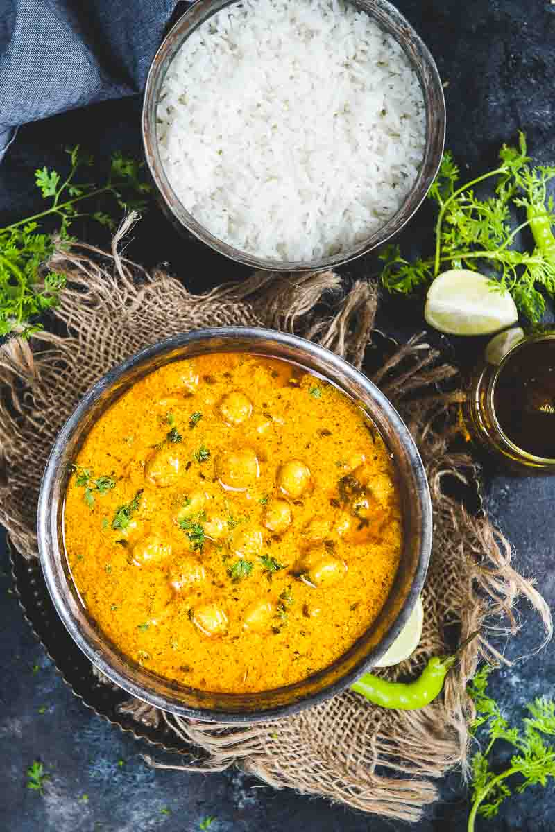 Top shot of Chana Madra along with steamed rice