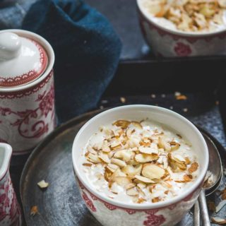Vanilla Almond Overnight Oats makes for a deliciously healthy breakfast in just 5 minutes. Make it a night before and eat this healthy treat for your breakfast.