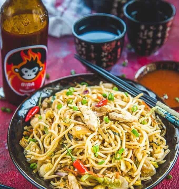 Chicken Hakka Noodles Recipe in a bowl