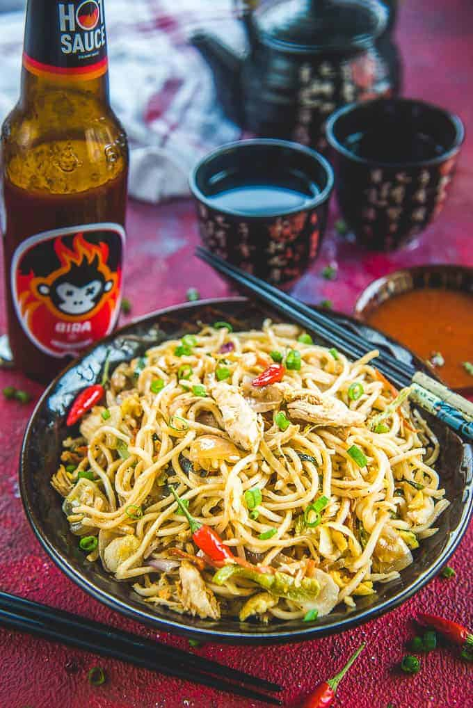 Chicken Hakka Noodles Recipe in a bowl