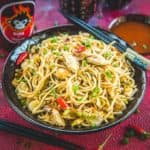 An absolutely complete and satiating meal in itself, Chicken Hakka Noodles has a zing of soya sauce, green chilli, chilly sauce and is a complete meal in itself