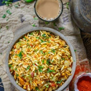 Jhal Muri served in a bowl.