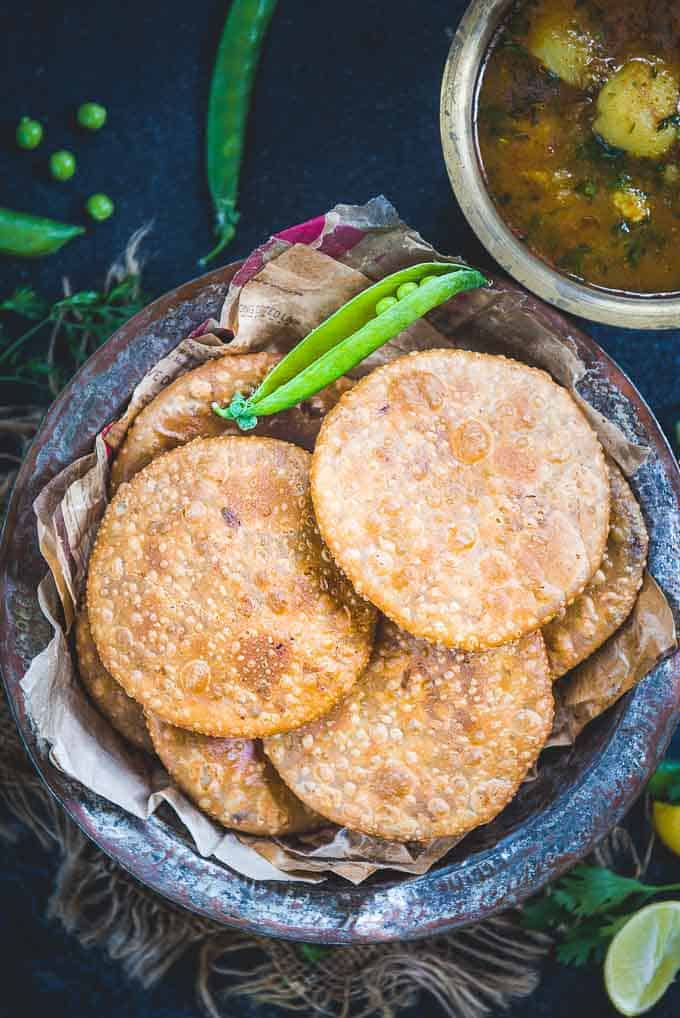 Matar Kachori served in a bowl.