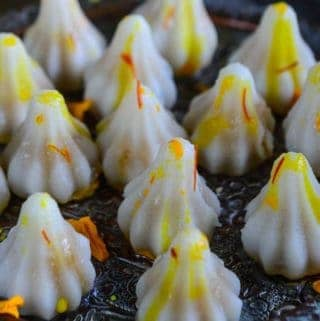 Ukadiche Modak is an Indian sweet dumpling and is one of the must make Ganesh Chaturthi recipes.