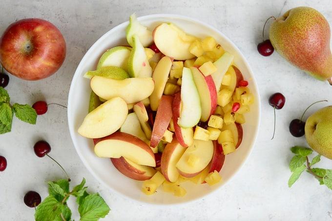 Lemon juice mixed with fruits.
