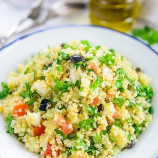 Traditional Tabouli Salad (Tabbouleh)