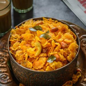 A snack with a twist, try this delicious Corn Flakes Chivda this Holi and you're going to fall in love with the crunchiness of this snack.