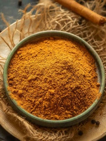 Make this easy homemade Pumpkin Pie Spice in 5 minutes using 5 ingredients. Loaded with warm fall flavors, it's a must for fall baking and cooking.