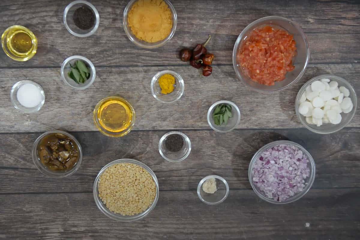Mullangi sambar ingredients.