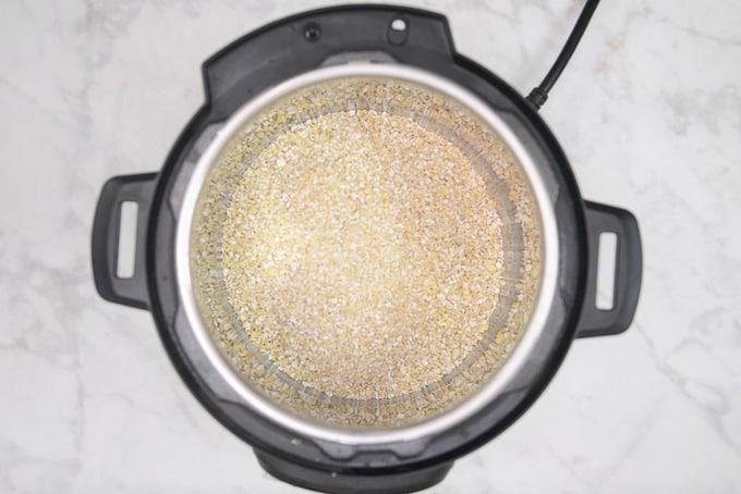 Steel cut oats added in instant pot.