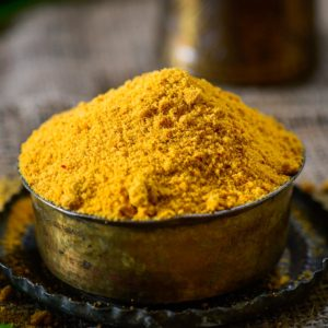 Idli Podi or Milagai Podi is a South Indian condiment that is popularly served with steamed idli. This powder is earthy, smoky, spicy, and slightly crunchy.