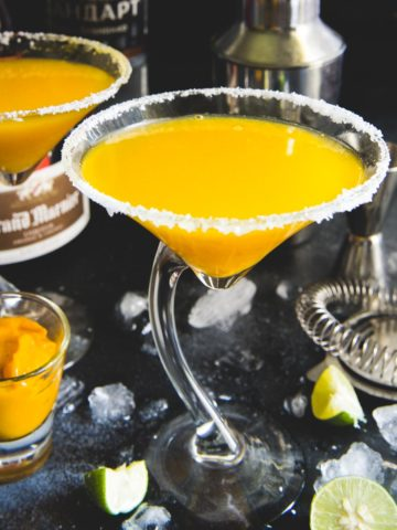 Mango martini is a refreshing blend of mango juice, vodka, and lime juice. It is the perfect drink to serve for your summer parties, BBQ, or get togethers. Here is how to make it.