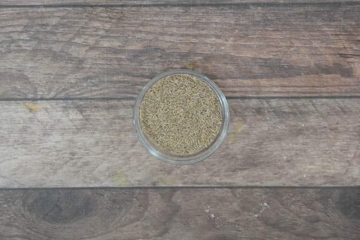 Cumin seeds kept in a bowl.