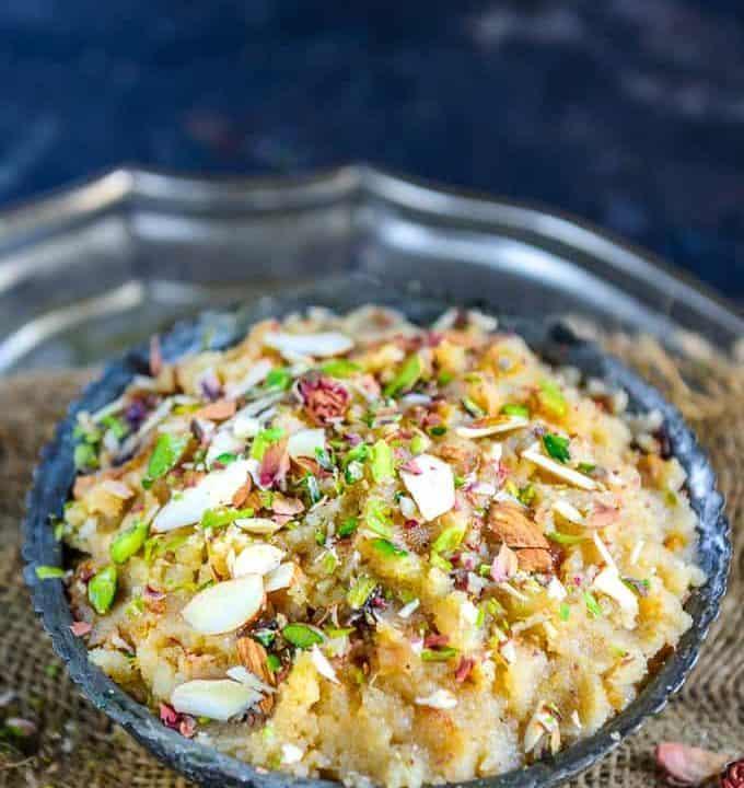 Suji ka halwa served in a bowl.