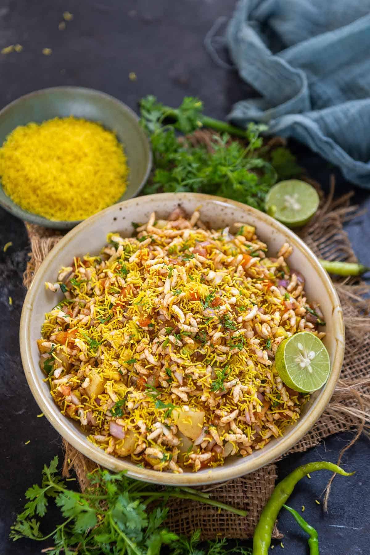 Bhelpuri served in a bowl.