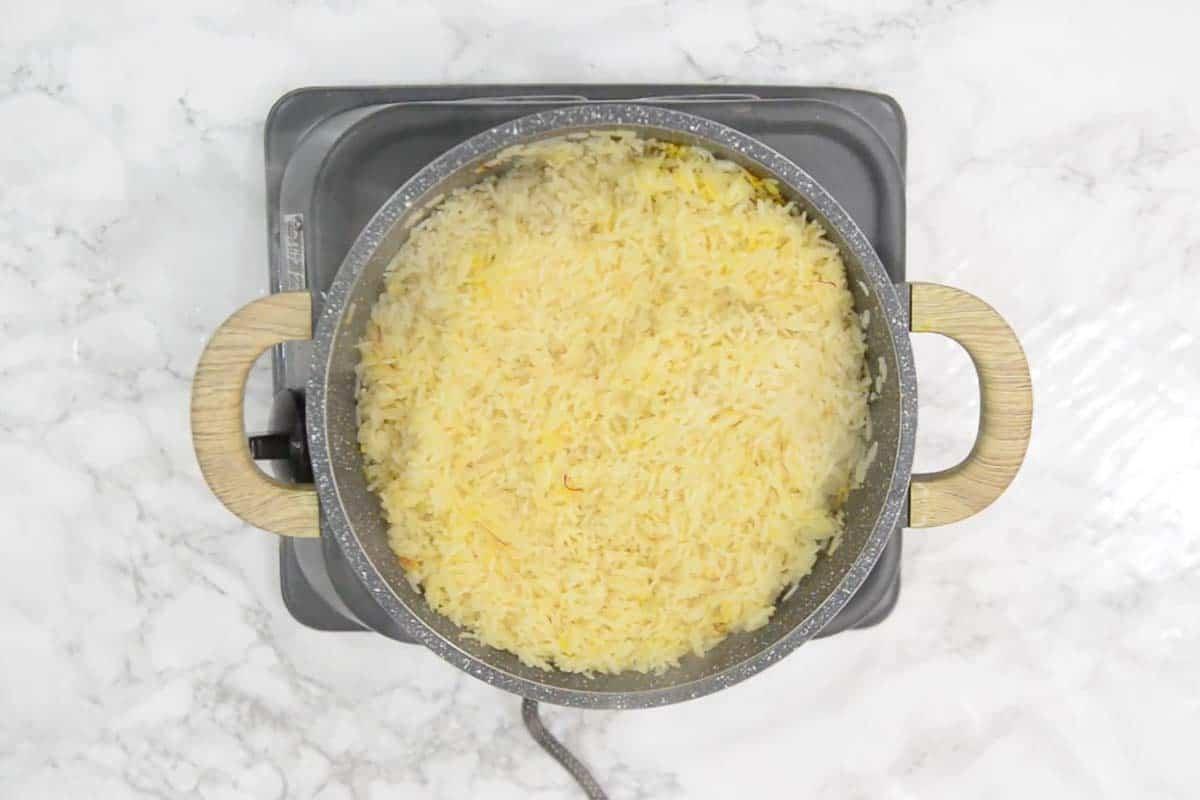 Ready saffron rice.