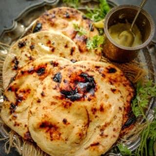 Tandoori Roti served on a plate.