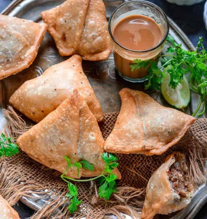 Punjabi Samosa served on a plate.