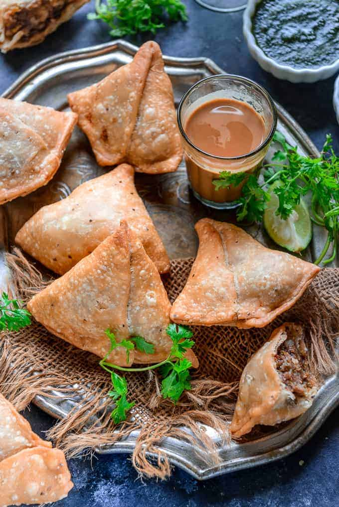 Punjabi Samosa served on a plate.