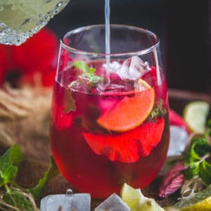 Hibiscus Tea also is known as Karkade Tea or Jamaica Tea is a refreshing and super healthy beverage made using fresh or dried Hibiscus Flowers. This agua fresca is considered a superfood and when drank in a moderate amount has amazing benefits to the body. Here is how to make it.