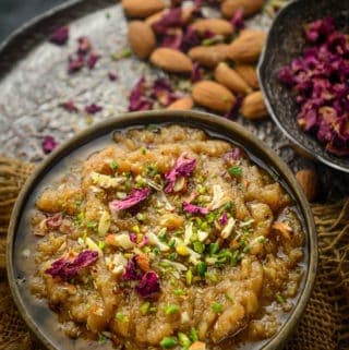 Rajgira halwa or Rajgira Sheera served in a bowl.