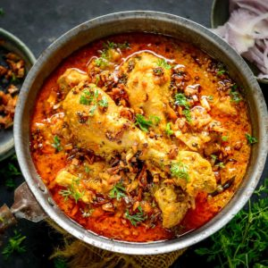 Malabar Chicken Curry is a Kerala Style Chicken Curry that is creamy, delicious, and goes well with roti, appam, ghee rice, Kerala parotta, pathiri, or coconut rice. Here is how to make it.