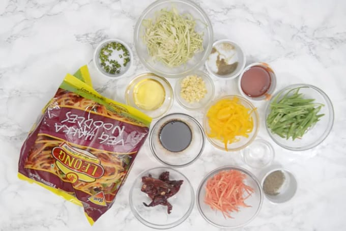 Chilli Garlic Noodles ingredients