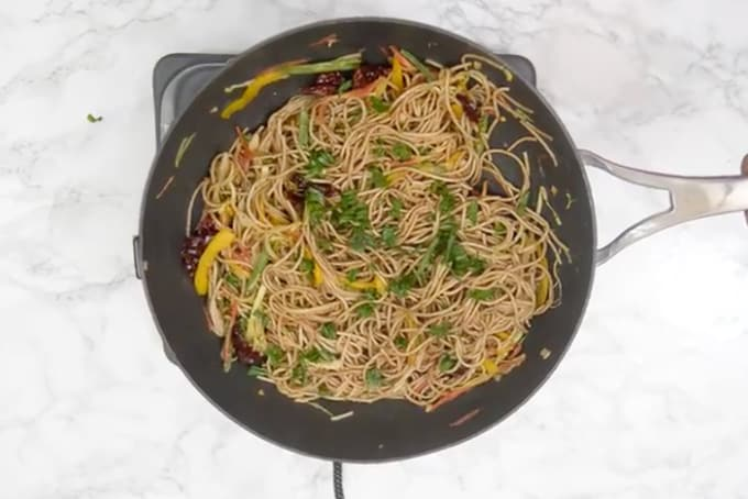 Ready chilli garlic noodles.
