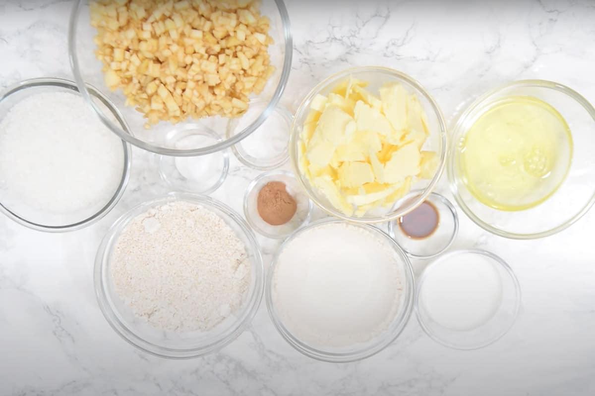 Apple Cinnamon Cake Ingredients.