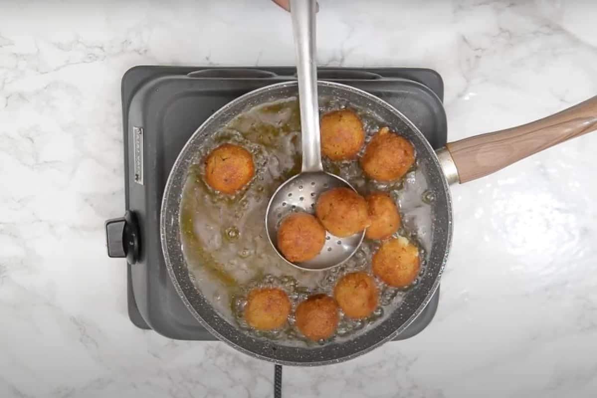 Ready cheese balls.