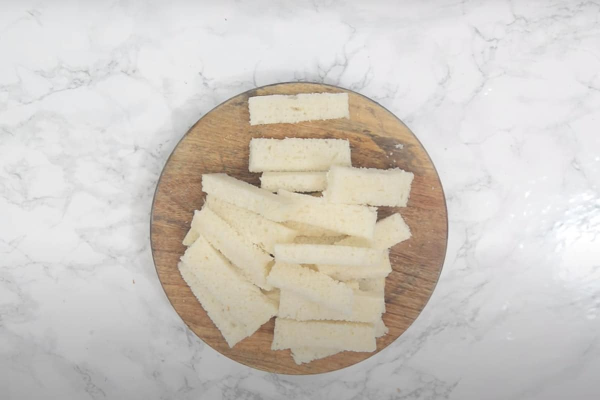 Bread cut into thin slices.