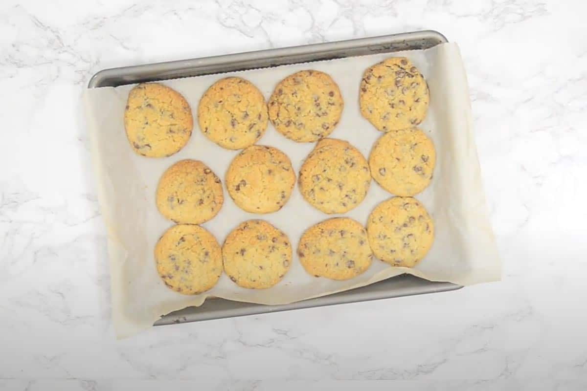 Ready eggless chocolate chip cookies.