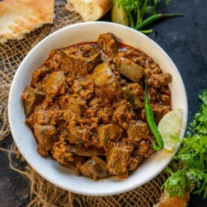 Keema Kaleji is a mouth-watering combination of mutton mince and liver, that is hard to resist, especially if you have a special soft corner for mutton just like me. Serve it with crispy and flaky Laccha Parathas and your weekend lunch is sorted. Here is how to make it.
