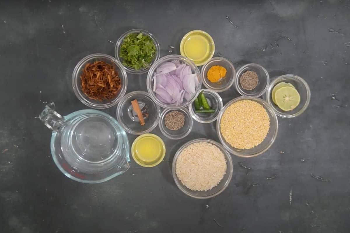Khichdi ingredients.